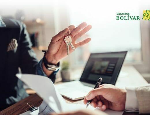 inquilino-firmando-contrato-de-arrendamiento